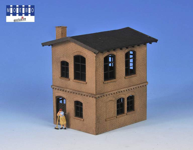 N- 800127 prussian block station -according to original plan -brick beige and weathering- new 2021